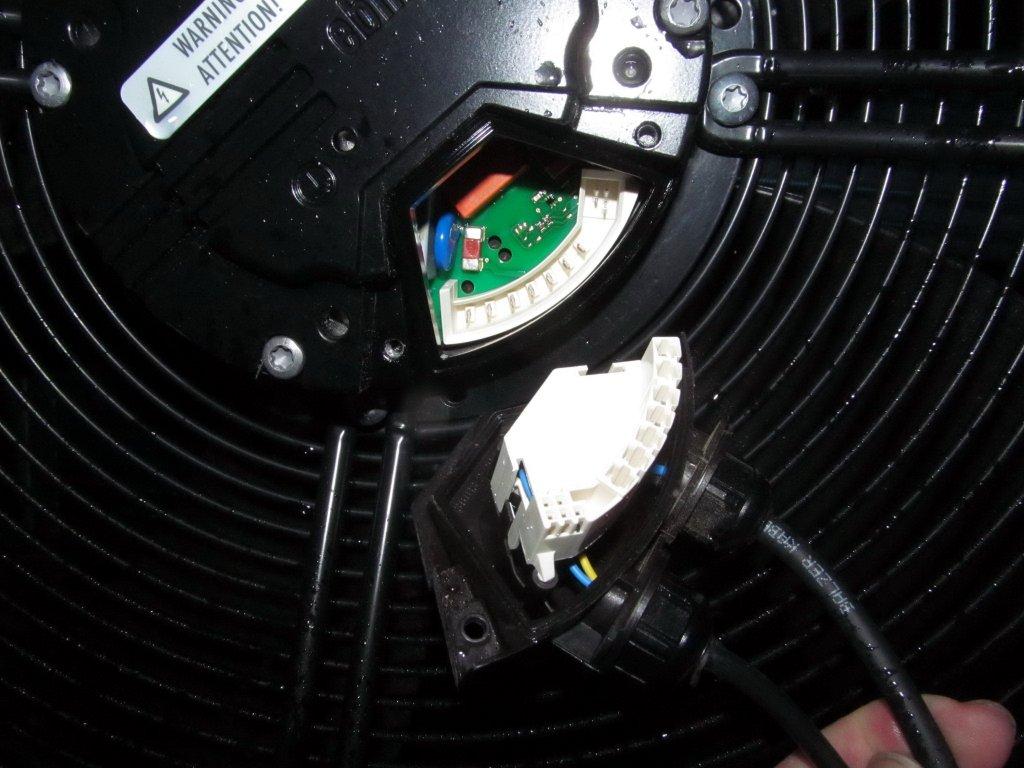 CTC 520M  ebm papst S3G630-AD05-53.jpg